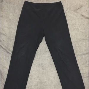 Women's Black Trouser pants. New without tags.